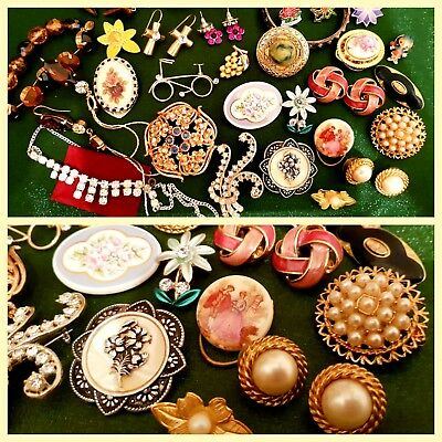 A Large Vintage Collection Jewerely JobLot incl. Signed Trifari, Exquisite+