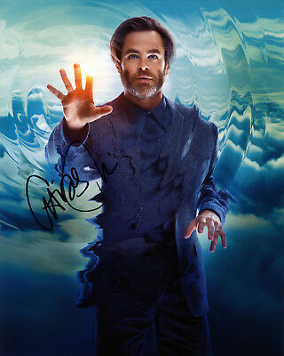 Chris Pine Hand signed 8x10 photo w/COA