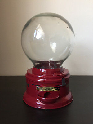 Vintage Ford Gumball Machine F300. Restored. Original All-Round Glass Globe, 20s