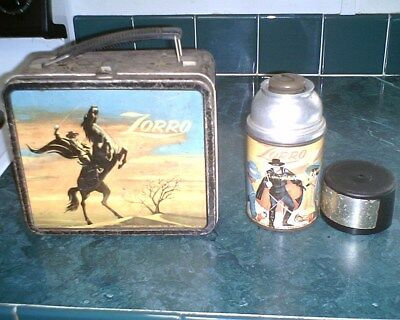 * VINTAGE 1958 * ZORRO (Black Sky) Lunchbox and Thermos by Aladdin (R7)