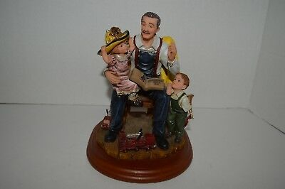 """Red Hat Beyond the Call of Duty """"To The Rescue"""" Figurine"""