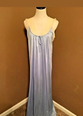 Vintage nightgown Aristocraft long nylon baby blue with ecru lace Size Large b9fead3e4