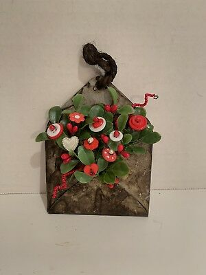 VTG Valentine Button Bokay/Tin Envelope-Country Rustic Prim Shabby Cottage Chic
