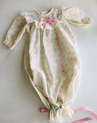 Vintage 70's Infant Girl Pink Calico Lace Draw String Nightgown Isaacson Carrico