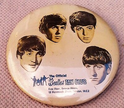 The Beatles fan club Pin  Buttom - 2.5 inches  excellent - origin unknown