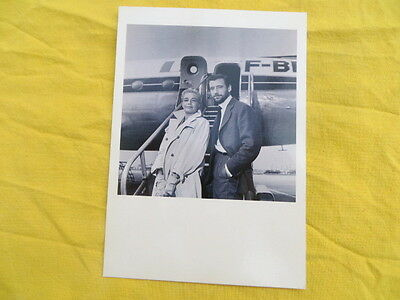 Simone Signoret & Yves Montand - Air France