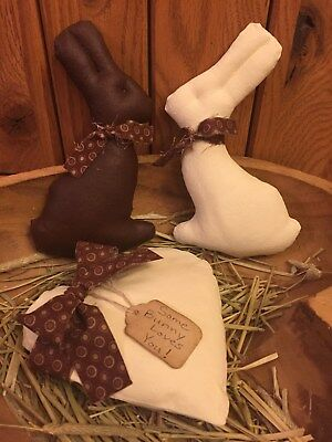 Primitive Chocolate Easter Bunnies Heart Shelf Sitter Bowl Filler Ornie Set of 3