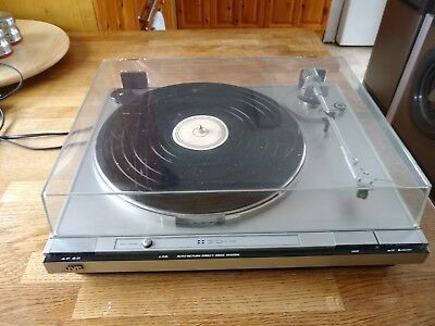 Jvc direct drive turntable LA 31