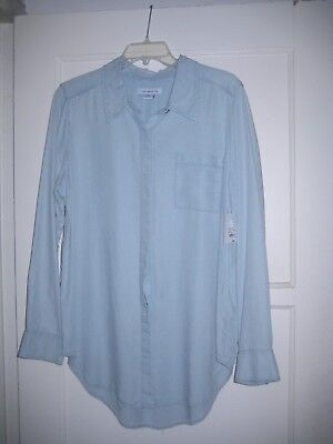 Lovely Liz Claiborne Light Blue Long Sleeved Chambray Button Down Shirt-  Size L f021c7fa3