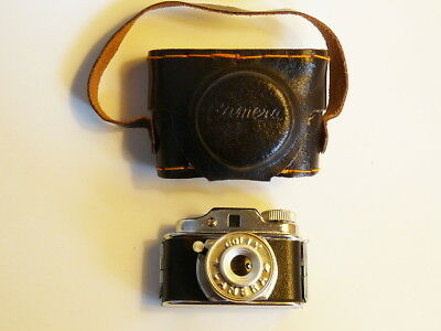 VINTAGE MINIATURE HIT style COLLY JAPAN SPY PHOTO CAMERA CASE  c1950