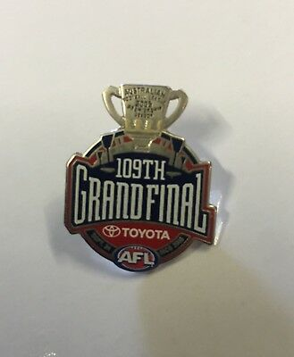 2005 Afl Grand Final Lapel Pin - Hard To Find - Sydney Swans Win