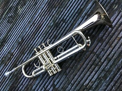 Bb Trumpet-Lacquered-1st & 3rd Trigger-New,Perfect Condition Instrument-
