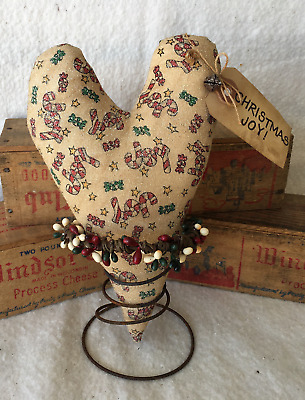 Primitive Christmas Holiday Rusty Spring Heart Make Do's Tucks Prim Ornies