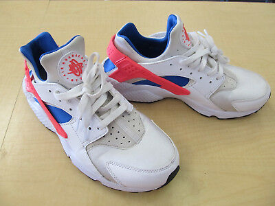 27fea700a1e EUC Nike Air Huarache Run White Ultramarine Solar Red Black 318429-112 Men s