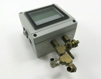 Dwyer DHII-012 Differential Pressure Controller