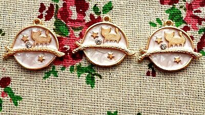 Cat circle 2 charms gold pale pink jewellery supplies C909