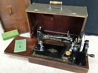 Vintage 1930's Singer No.99 Hand Crank Sewing Machine With Manual and Case, etc