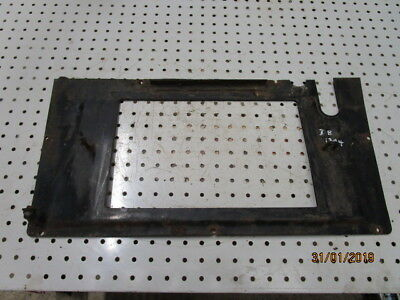 David Brown 1394 / 1494 Cab Heater Vent Mounting Bracket in Good Condition