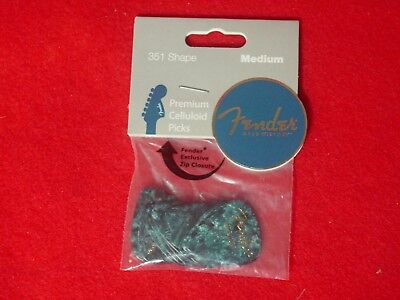 Premium Fender Electric Guitar Picks 351 Shape Celluloid 12 Pack Medium Blue  ✪