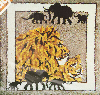 "Vintage Printed Latch Hooking Rug Hook Canvas - Lion / Elephant 36x37"" Spinnerin"
