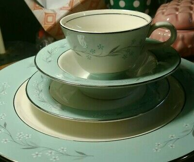 fine china dinnerware set, Homer Laughlin's romance pattern, turquoise and white