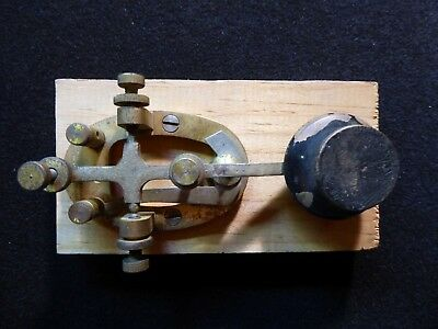 Signal Electric heavy radio-telegraph key contact, Brass 40's vintage,