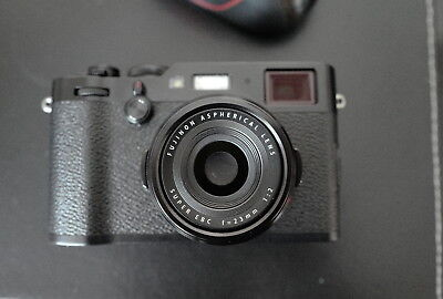 FUJI X100F PREMIUM compact digital camera Minty, Hardly Used
