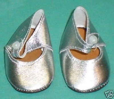 Puppenschuhe silber 7,5 cm/doll shoes silver 7,5 cm