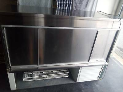 Commercial refrigerated display fridge