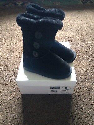BNWB Girls Size 13 Beige Norvic Fully Lined Boots