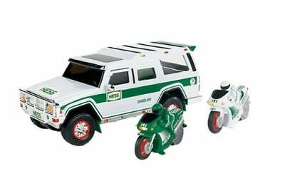 2004 Hess Gas Toy SUV Sport Utility Vehicle w/ Motorcycles NIB