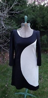 9cd52e8d230 vintage 80s 90s donna morgan wiggle style dress. Black and ivory design.