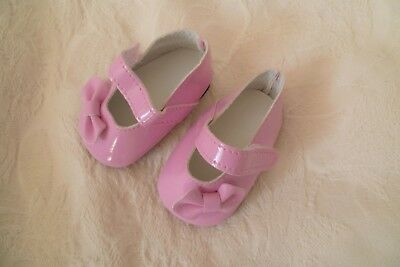 Baby clothes GIRL premature/tiny<5-7.5lb/2.3-3.4kg shoes bow, shiny/patent pink