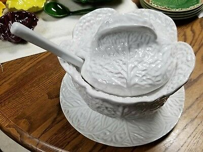BF 501 White Cabbage Leaf 2 Qt Soup Tureen, Lid, Ladle & Charger Italy Spoon