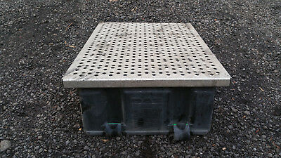DAF XF105 Euro 5 Batteries Battery Cover Tray