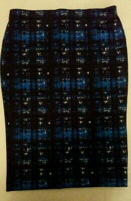 6887d3be8d navy blue ladies skirt with blue and white pattern size 16 Matalan Papaya