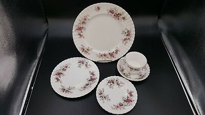 Royal Albert Lavender Rose Bone China 5 Piece place setting Multiples Availble