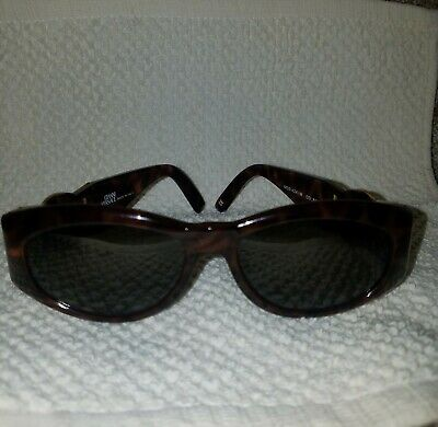 eb740e79cb Like us on Facebook · Gianni Versace Sunglasses Mod 424 M Col 869 Brown  Gold Authentic Vintage Medusa