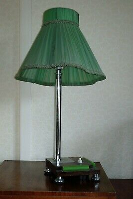 Vintage Art Deco table lamp with green bakelite decoration