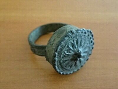 Ancient Medieval Byzantine Bronze Ring Circa 900-1200 AD / Top Condition