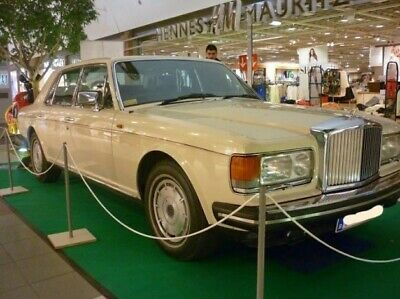 Rarität Bentley Mulsanne 1982 Cream colour. Value up to 22 000€ !!
