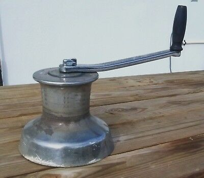 Barlow Sheetmaster Large Winch with Handle M# 810B Estate item Used