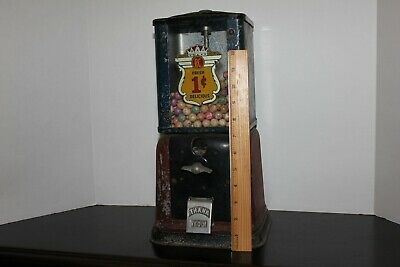 Antique Vintage Coin Operated RC Penny Gumball Machine