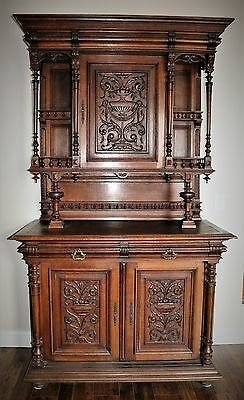 19 CENTURY LARGE ANTIQUE FRENCH RENAISSANCE GOTHIC CARVED BUFFET  antique
