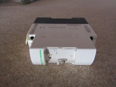 Schneider ON Delay Single Time Delay Relay 0.3-30sec SPDT 1 Contact  A8 6101115