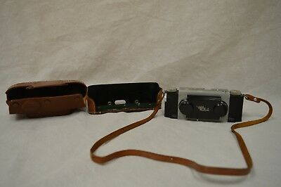 Vintage STEREO REALIST 3D CAMERA w/ 35mm f/3.5 ANASTIGMAT 1950 STEREO WITH CASE