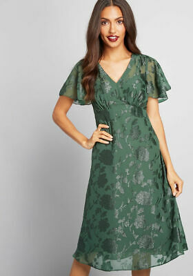 NWT  175 New Anna Sui for Modcloth Green Vision of Bliss Floral Dress Size 8 16b763aef
