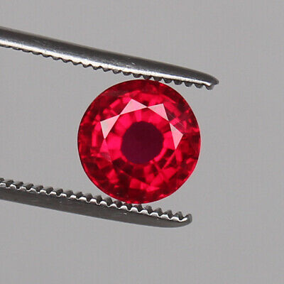Natural Mozambique Red Ruby Top Quality 5.60 Ct Round Cut Loose Certified Gem