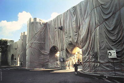CHRISTO JAVACHEFF / The Wall-Wrapped Roman Wall, Rome, 1974