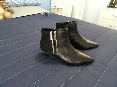 M & S Insolia Black Leather Boots Size 5.5 - Kitten Heel - Immaculate Condition